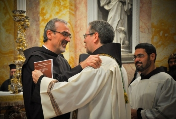 Father Pierbattista Pizzaballa welcomes the new Custos of the Holy Land, Father Francesco Patton